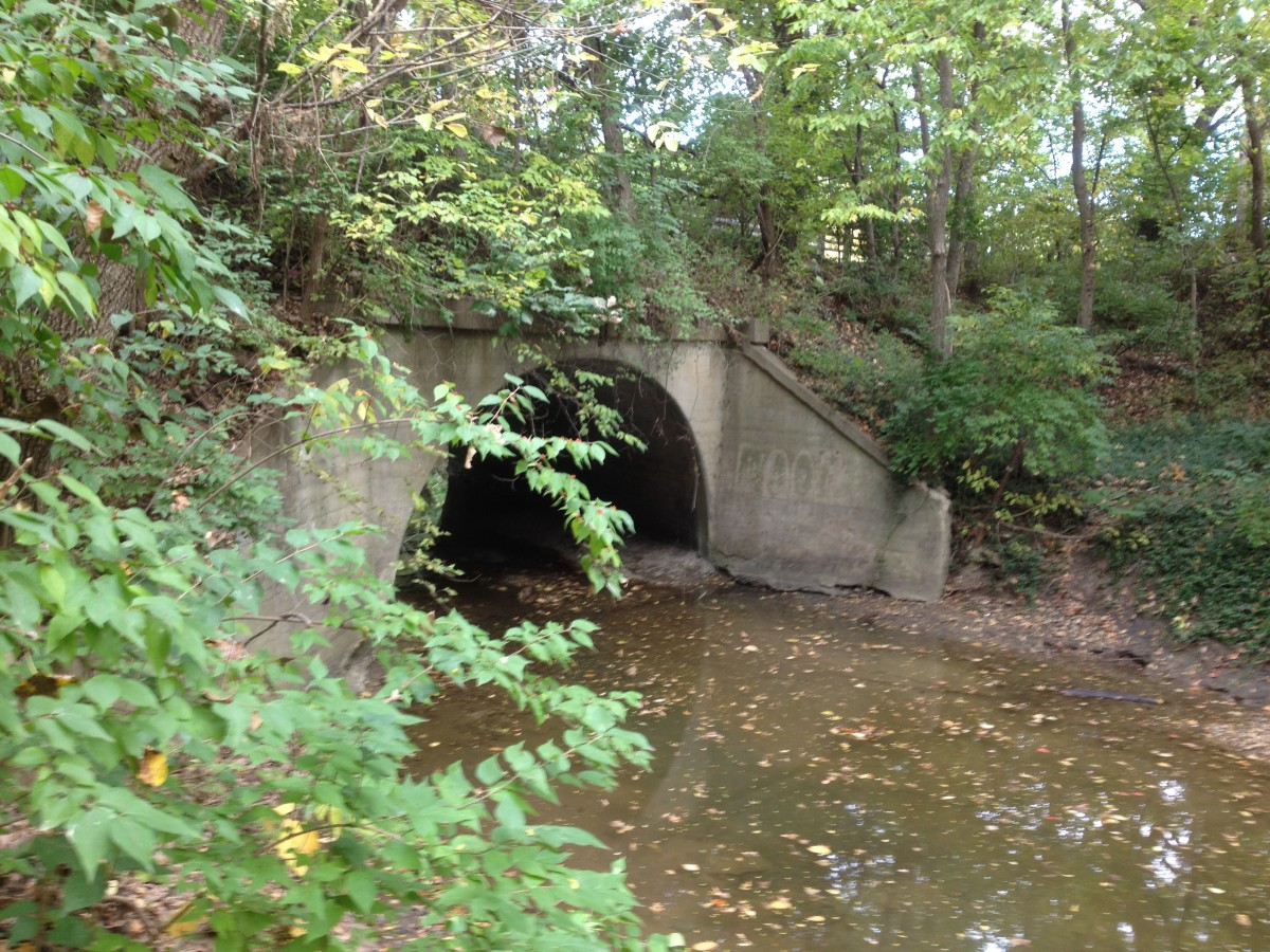 Single arch RR Bridge Westboro Canterbury Greenway