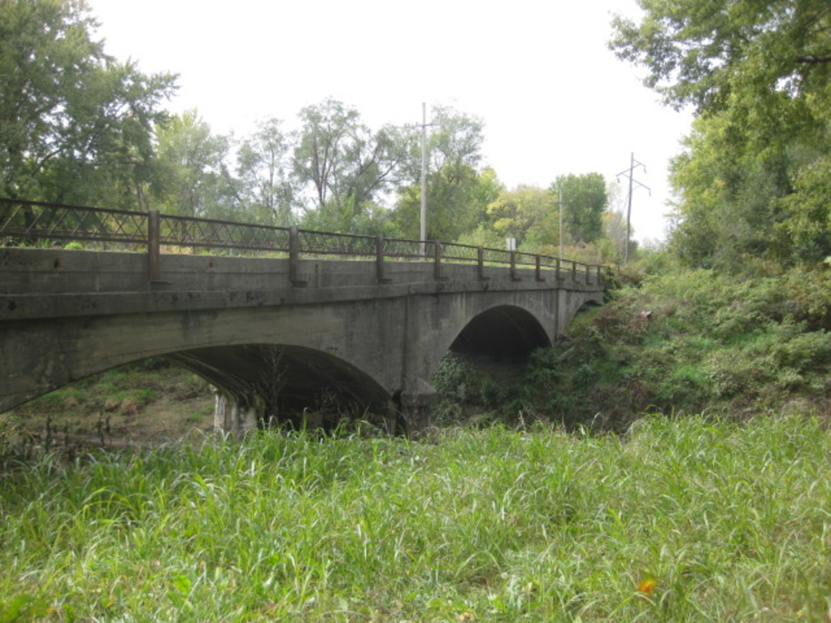 Main Street Bridge looking South, third arch partially obscured Mosby, MO