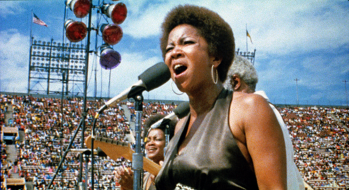 The Evergreen Staple singers on Stage