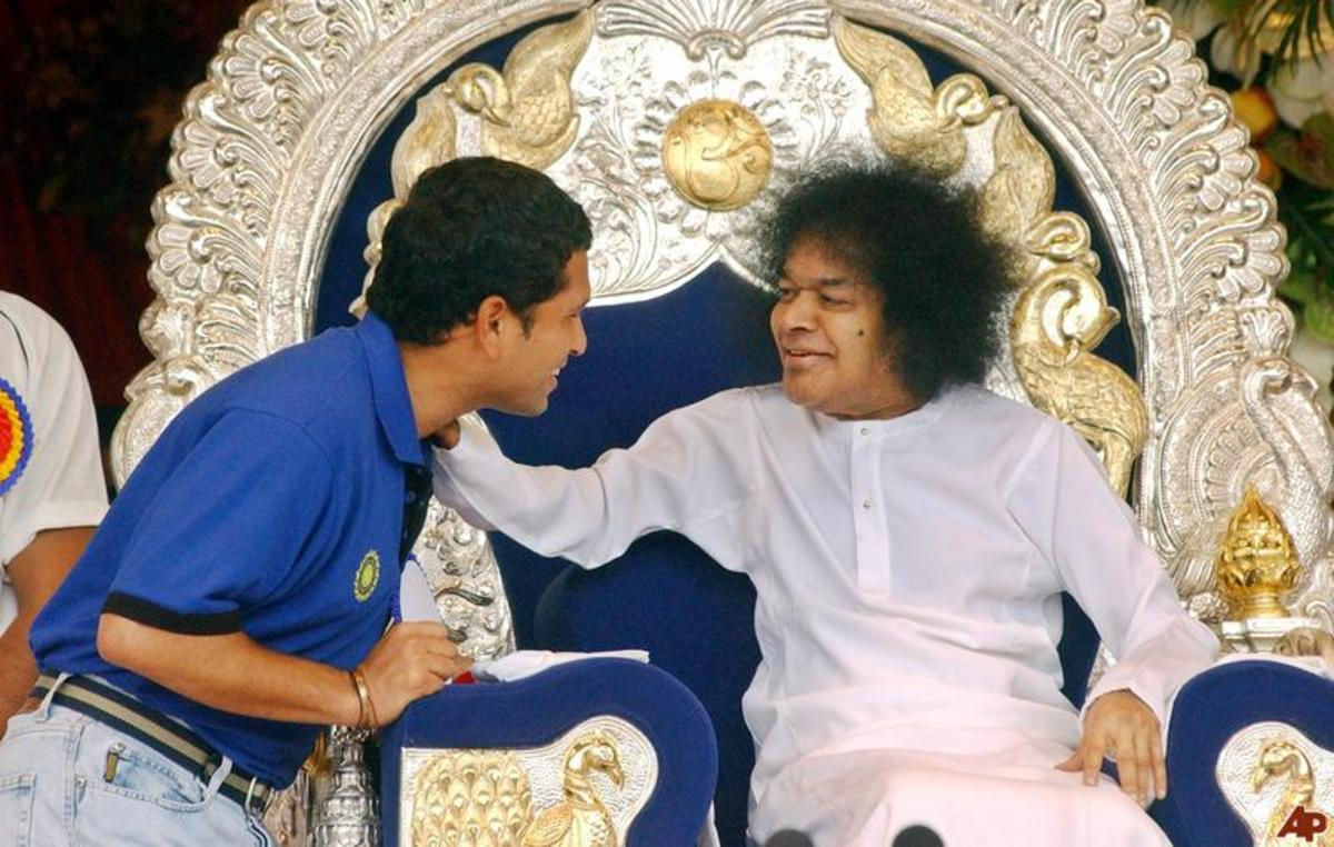 After his talk on the occasion of Bhagawan Baba's 80th birthday.