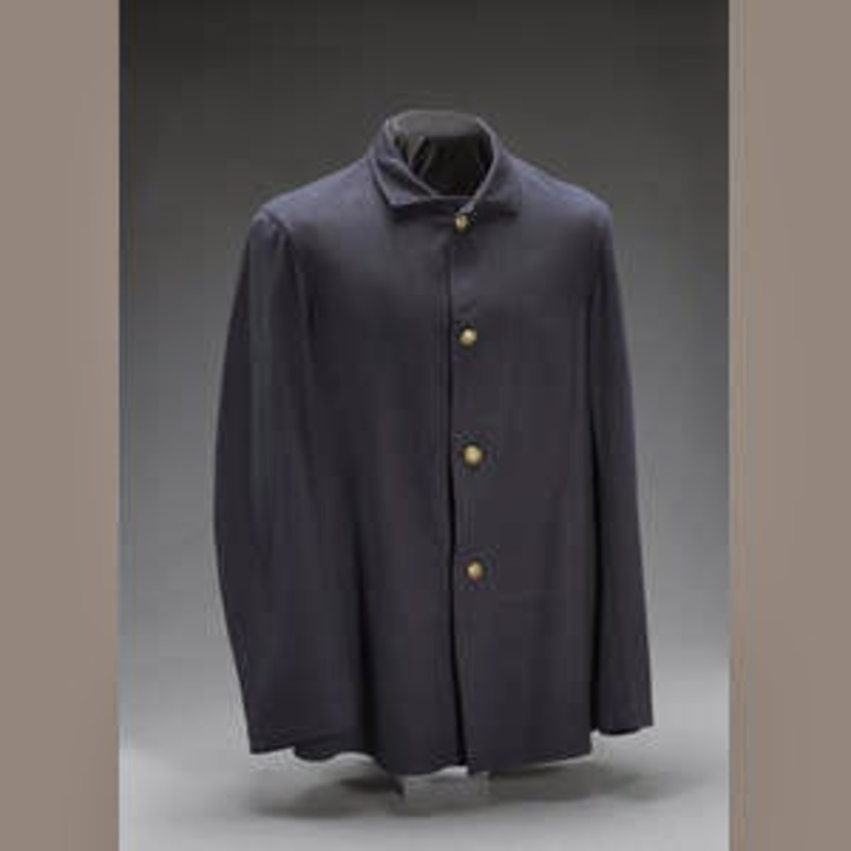 Fig. 9: Dark blue Fatigue Blouse (Sack Coat)