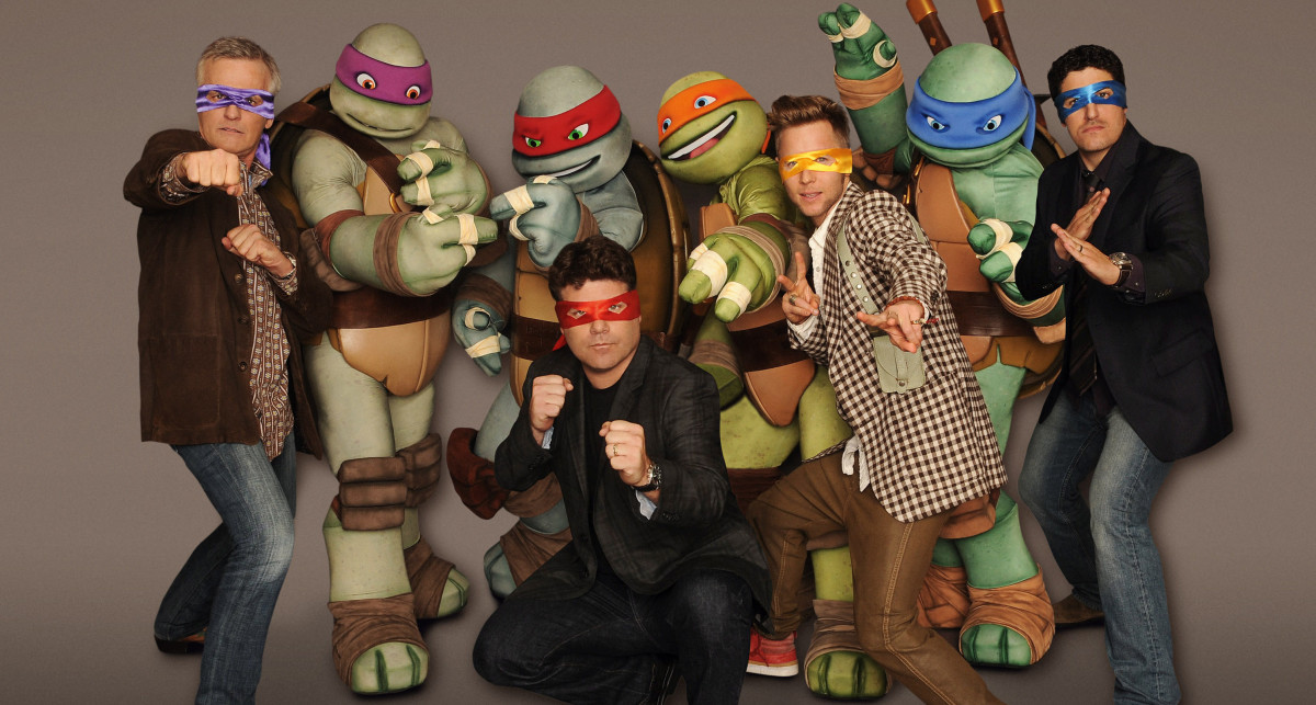 The main cast of the TMNT 2012 show (Rob Paulsen, Sean Astin, Greg Cipes, and Jason Biggs)