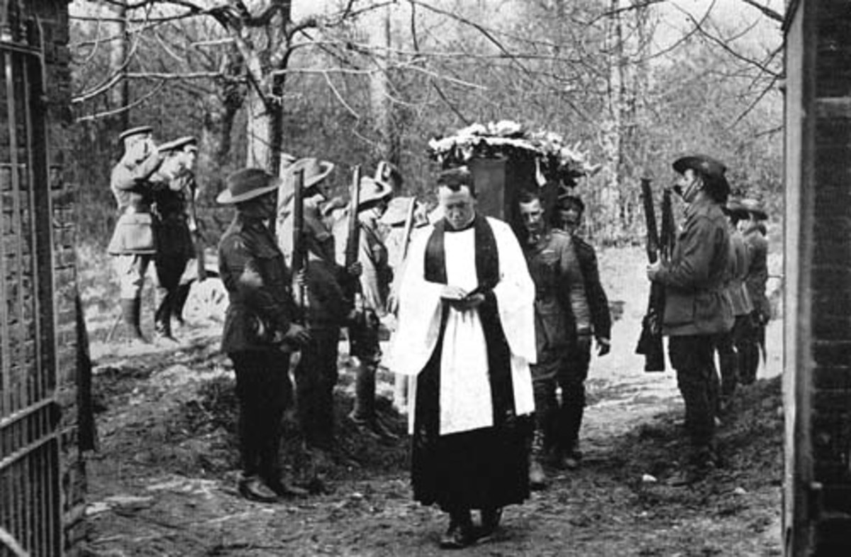 Even though he went down behind enemy lines, The Red Baron was so highly respected by his enemies that they honored him with a full military funeral.