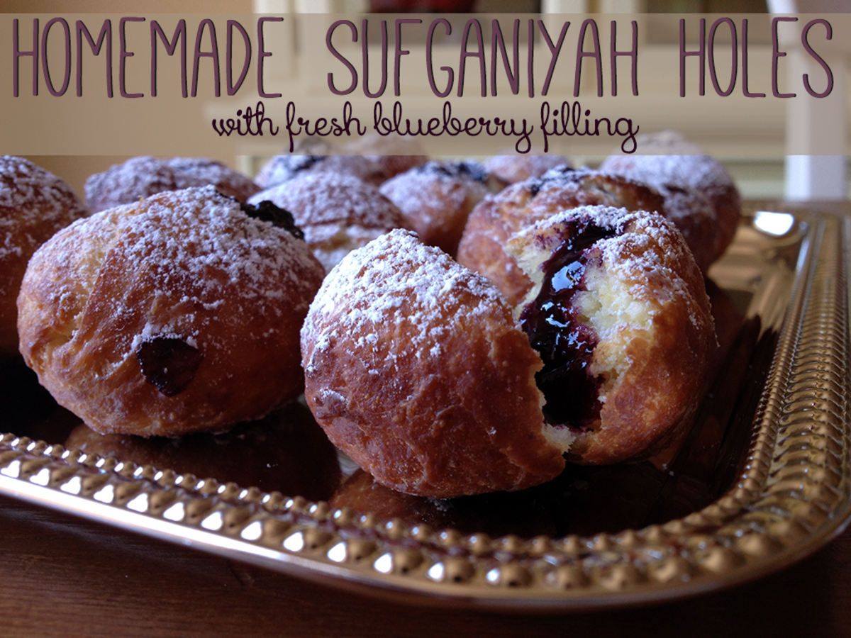 Homemade Sufganiyah Holes with Fresh Blueberry Filling