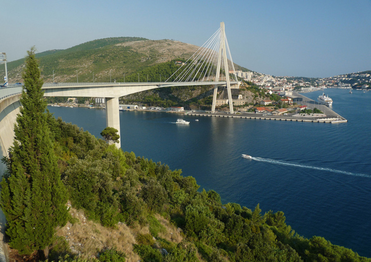 The Franjo Tudman Bridge over the Rijeka Dubrovačka