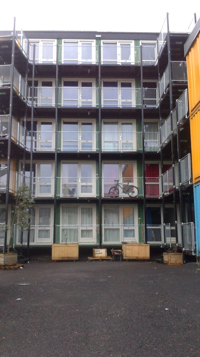 The town where the homeless live in shipping containers - Turning shipping containers into homes ...
