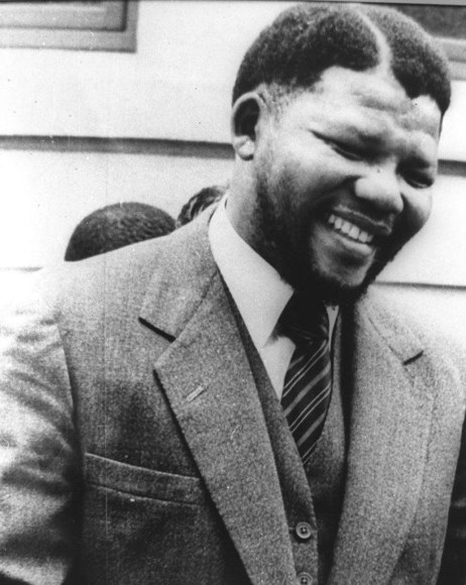 Photo of Nelson Mandela before he was sentenced to life in prison