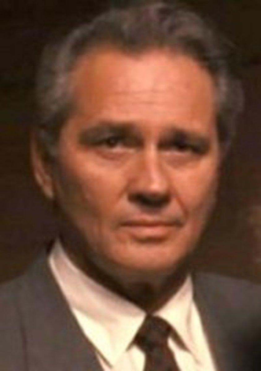Brett Halsey played casino owner Jason Darius on Airwolf