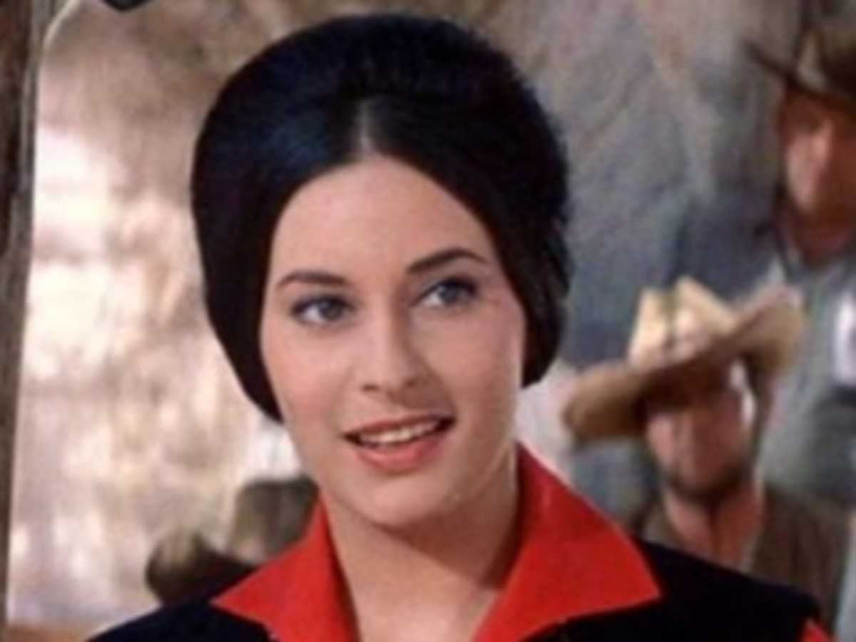 Actress Ina Balin