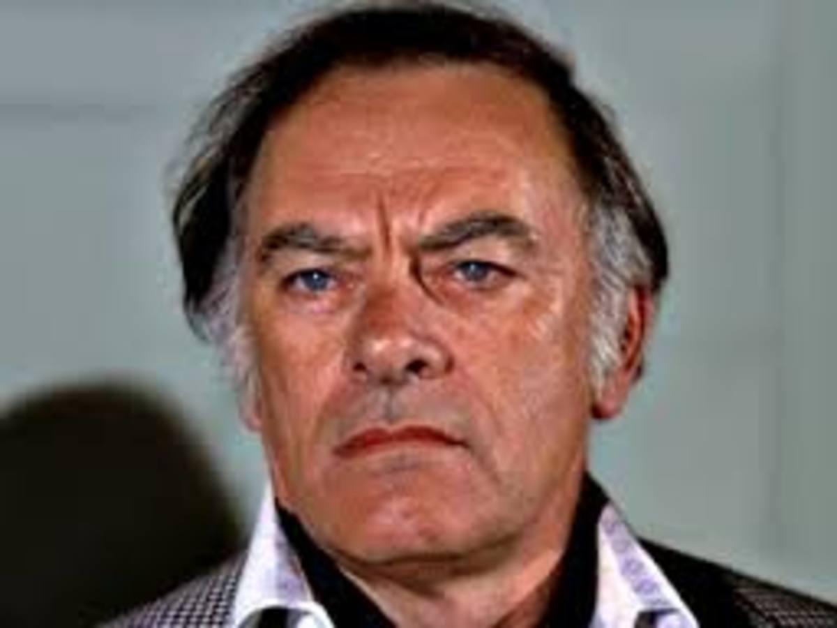 John Ireland played millionaire Carl Barron on Airwolf
