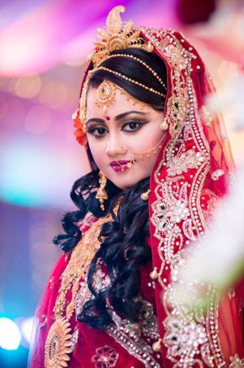 Wedding makeup done by Ms. Farzana Shakil.