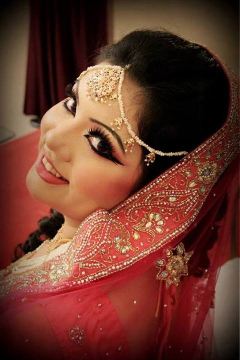My own engagement makeover by Sadiya Moyeen at La Belle, Dhaka.
