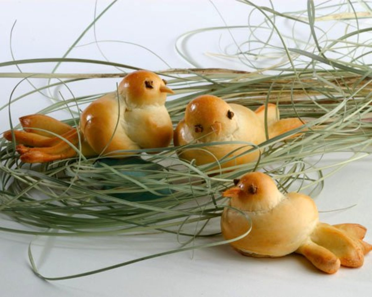 Bread Roll Easter Chicks