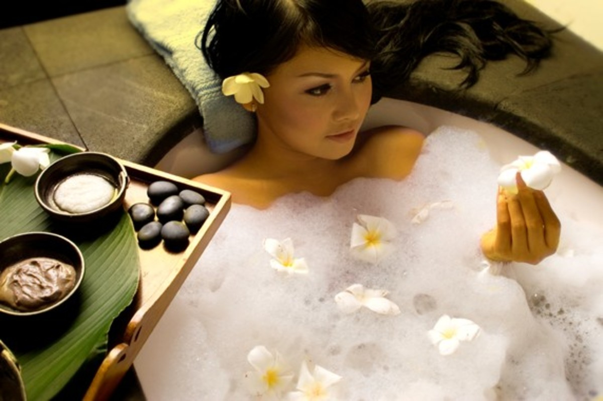 How to get beautiful skin? How to make your skin glow with bathing beauty tips and tricks and natural remedies?