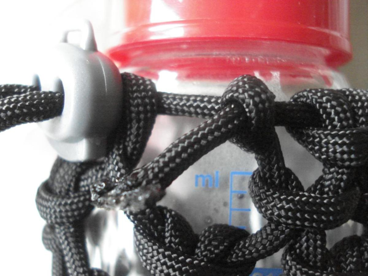 Paracord water bottle holder instructions