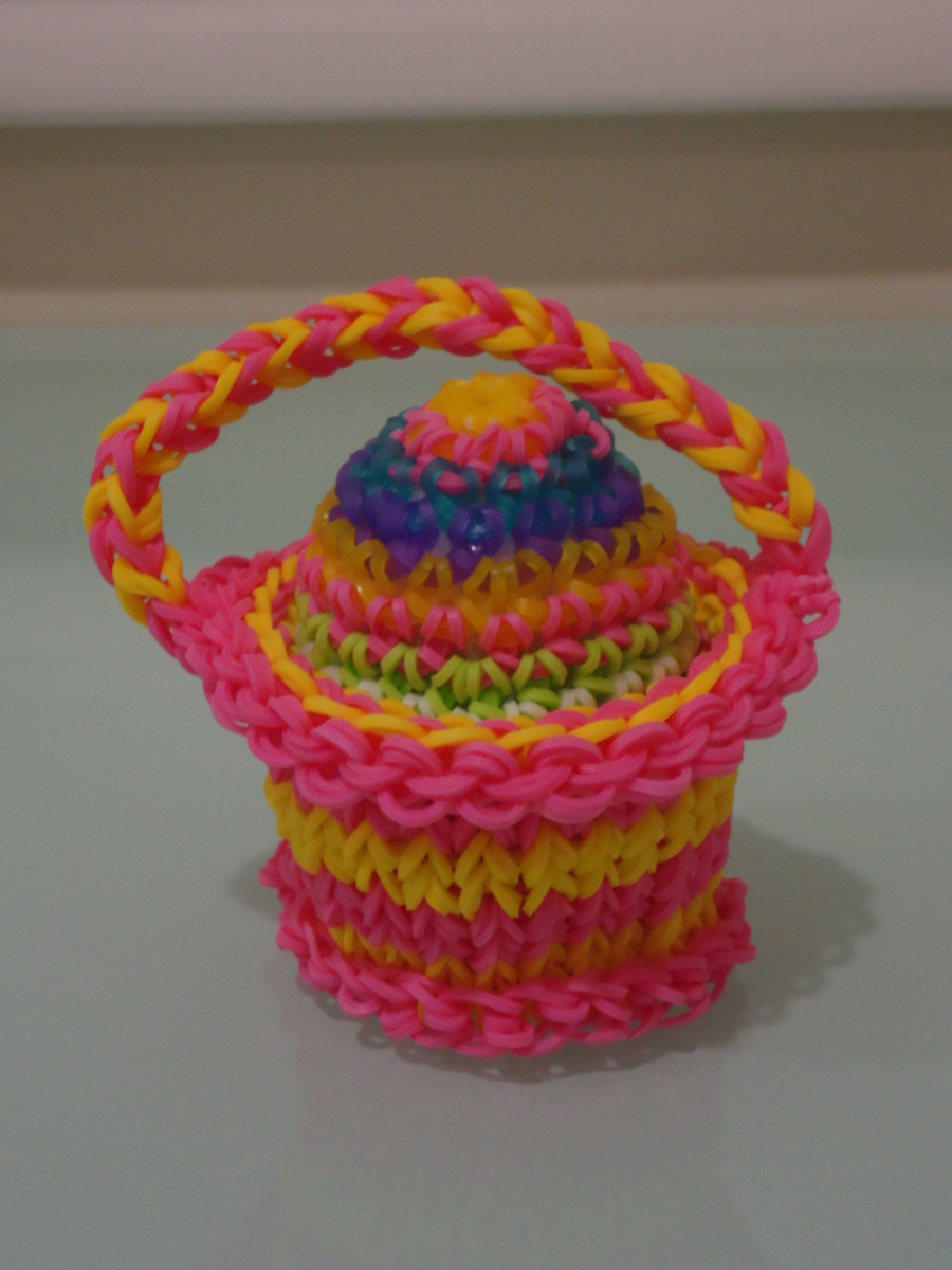 Rubber Band Easter Egg in Craft Life's Basket