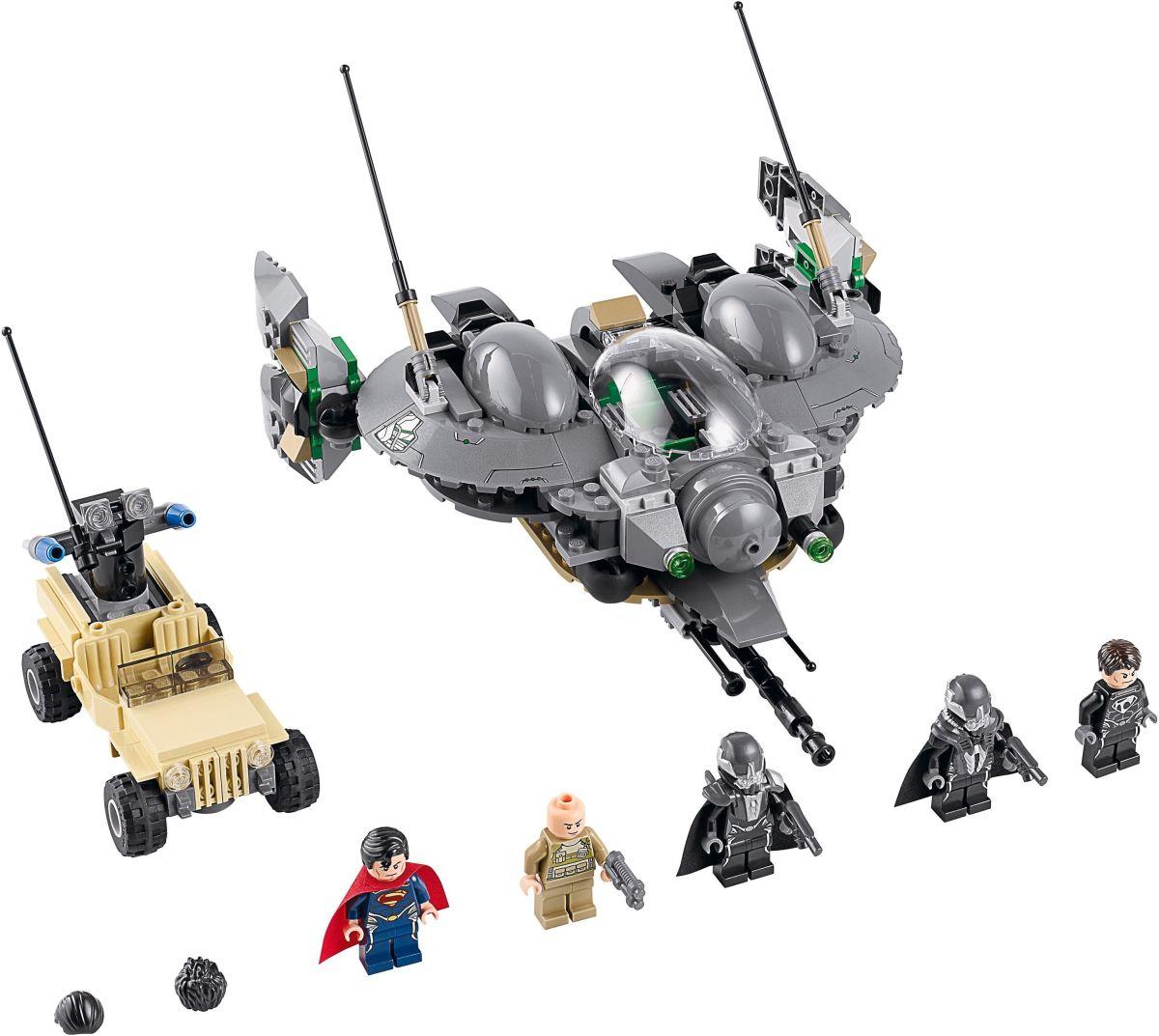 LEGO Super Heroes Superman Battle of Smallville 76003 Assembled