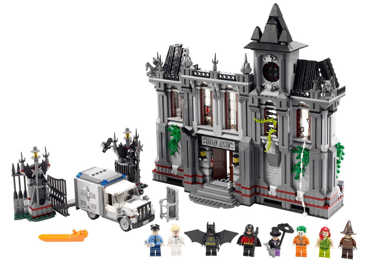 LEGO Super Heroes Batman Arkham Asylum Breakout 10937 Assembled