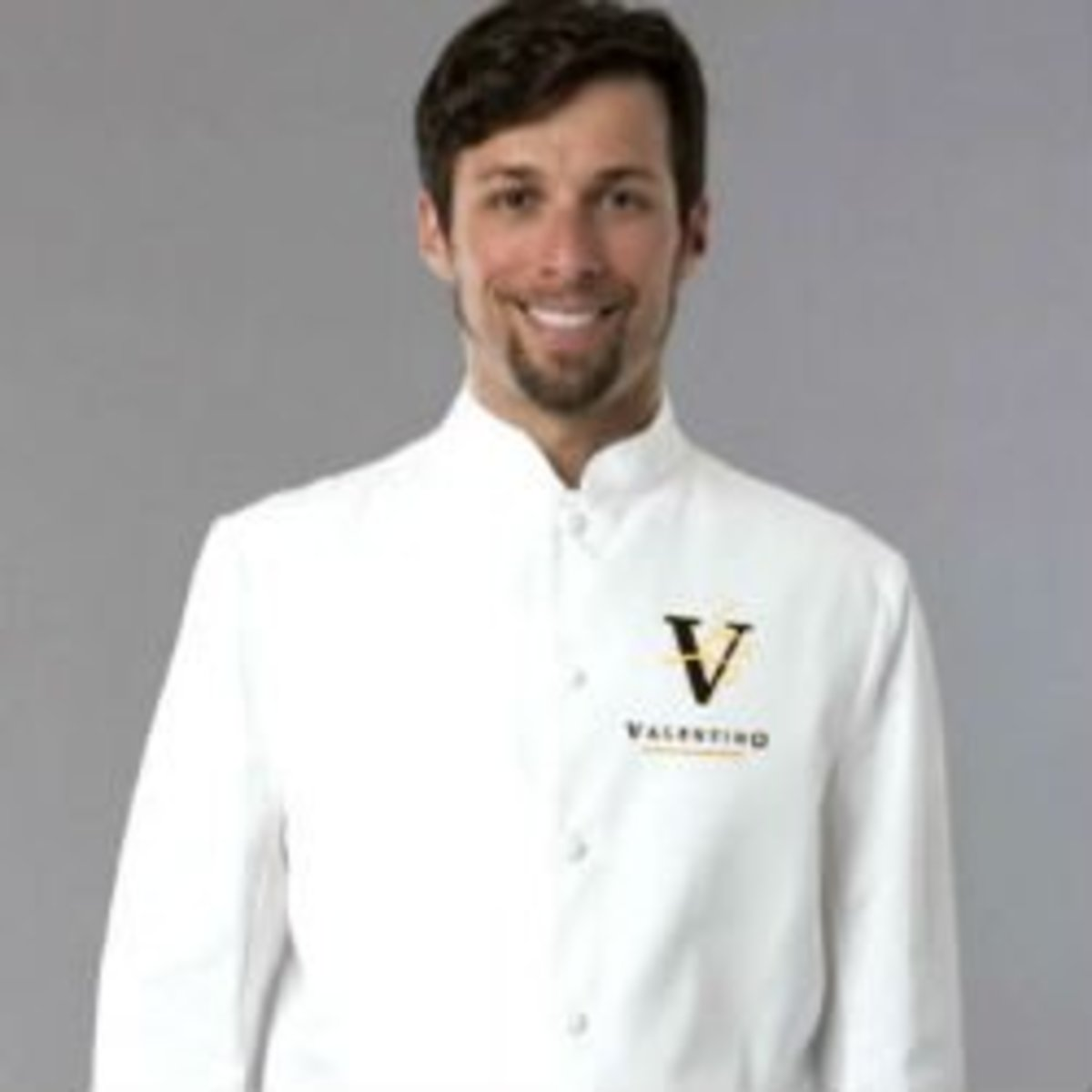 dressing-your-hotel-resort-staff-for-success
