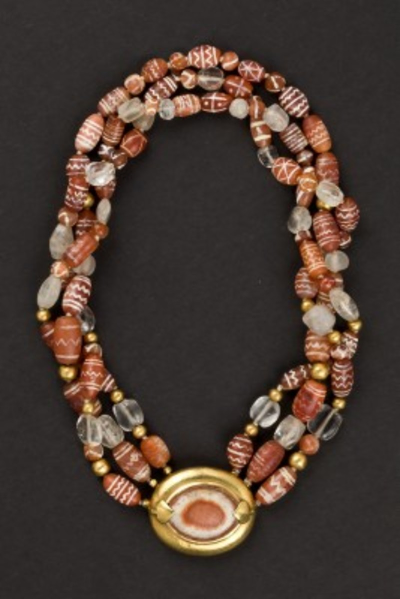 The necklace of three rows of agates from  Indus Valley dating back to Harappa and Moenjo Daro from 3500 to 1500 BC