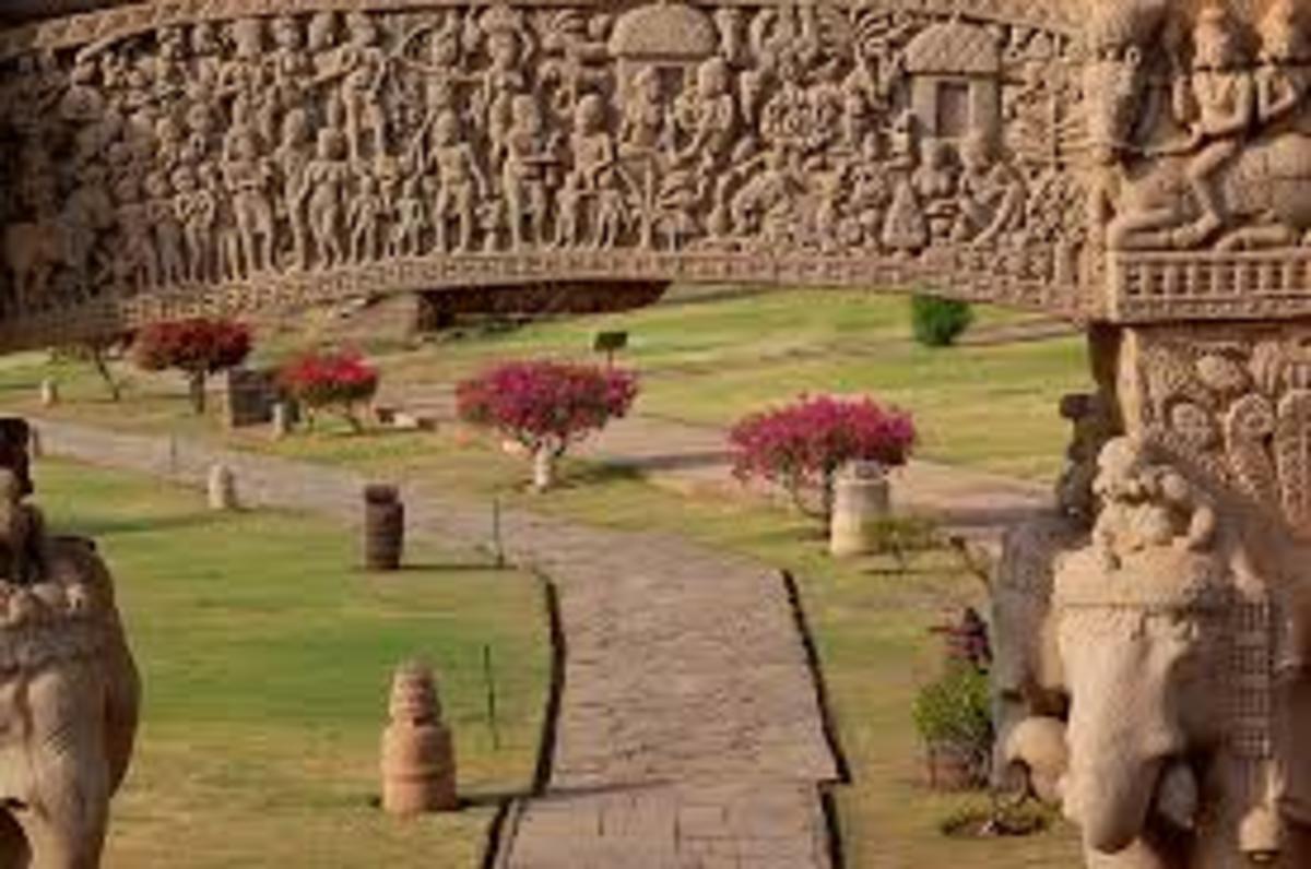 Gateway Stupa 1 Sanchi