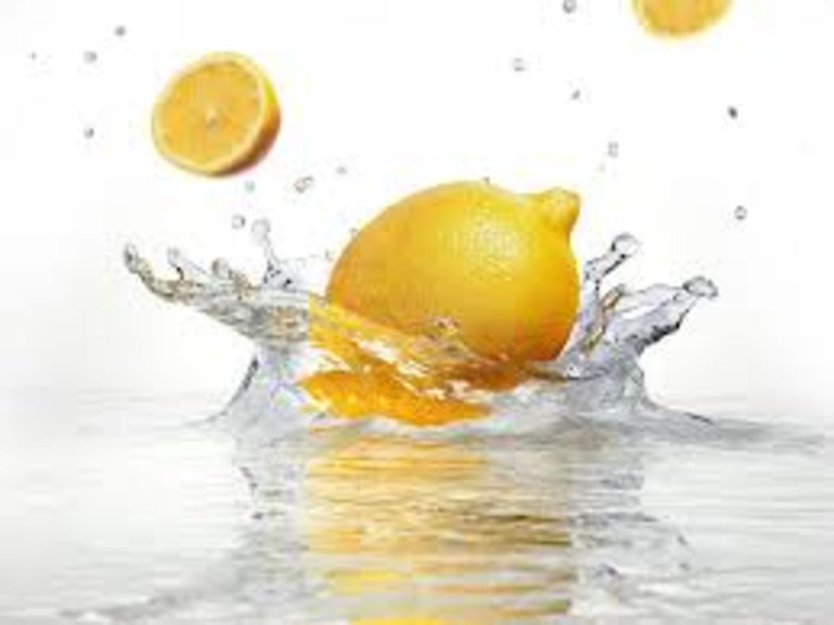 the-health-benefits-of-drinking-lemon-water