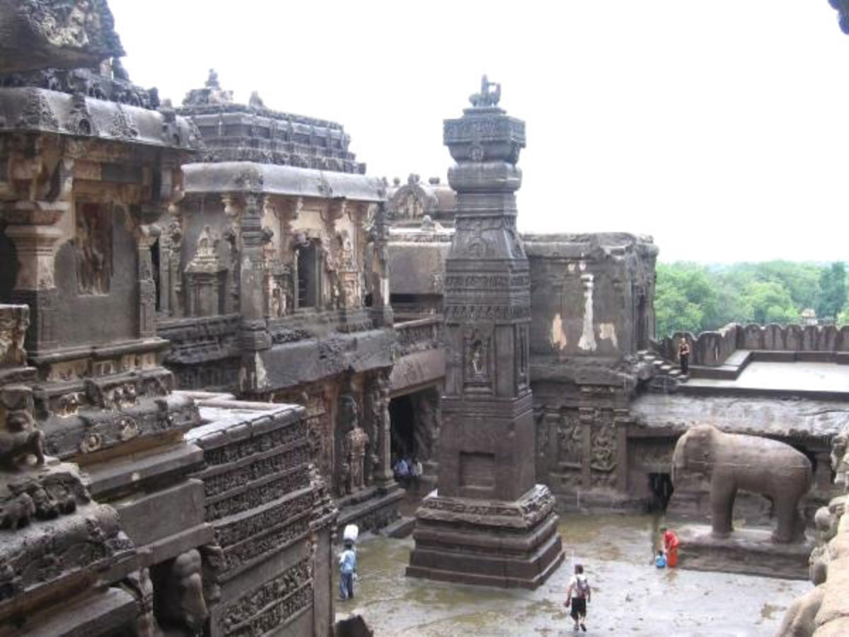 The Kailasa temple tower in all it's grandeur!