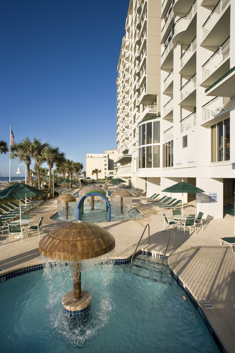 Hampton Inn & Suites Myrtle Beach Oceanfront Resort Pool