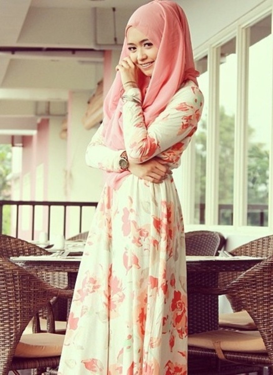 floral printed maxi dress with peach matching head wrap