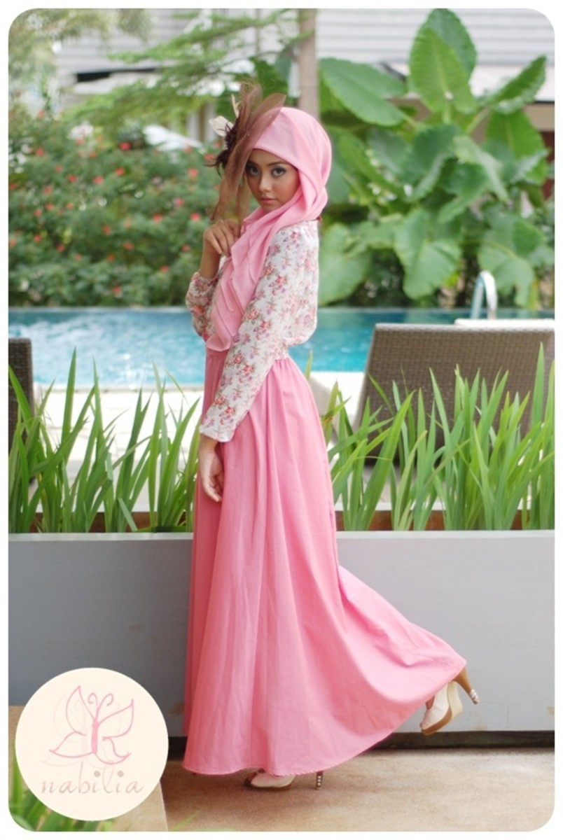 Peachy Pink maxi skirt with floral shirt and matchy head scarf. Cute hijab girl
