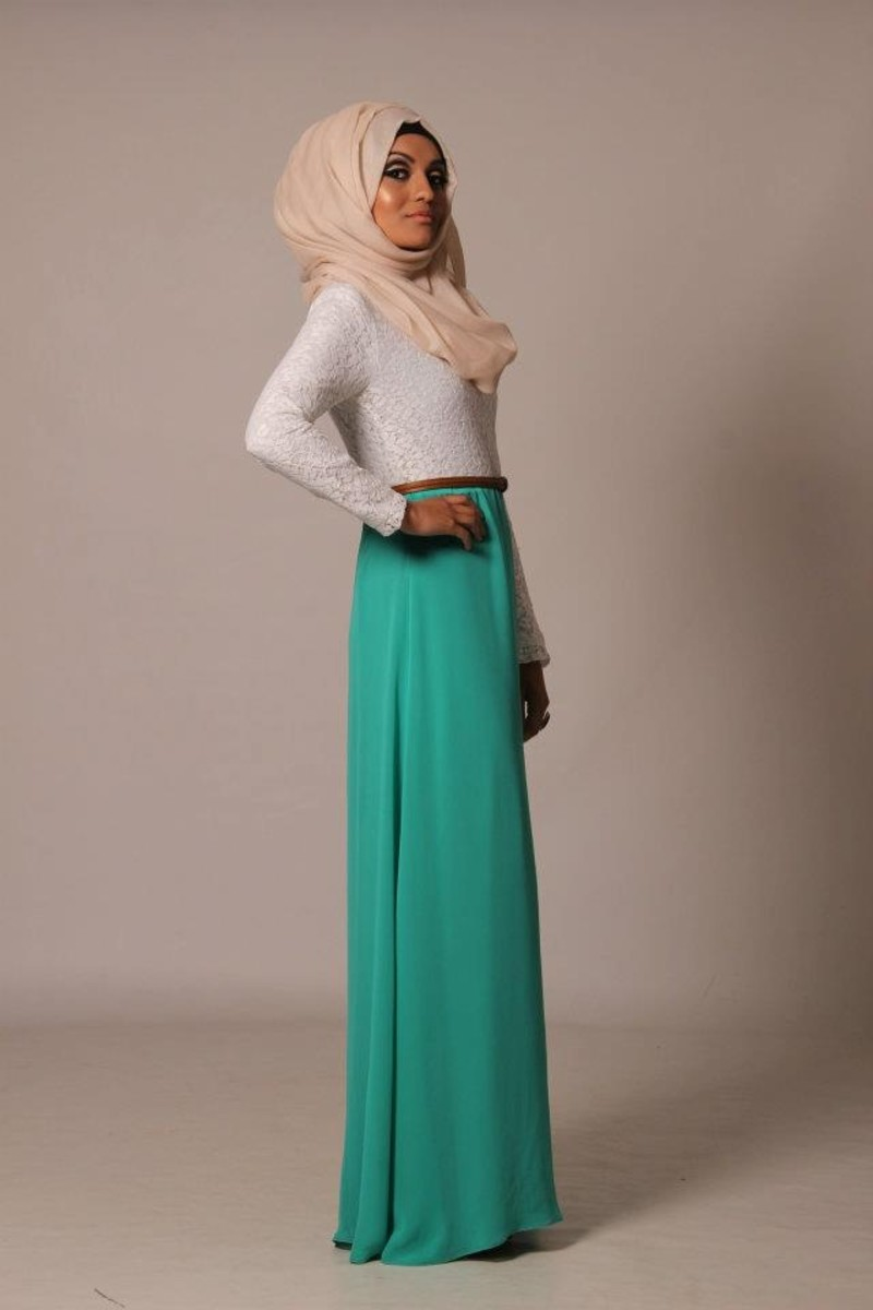 Teal maxi skirt and white top with hijab head wrap