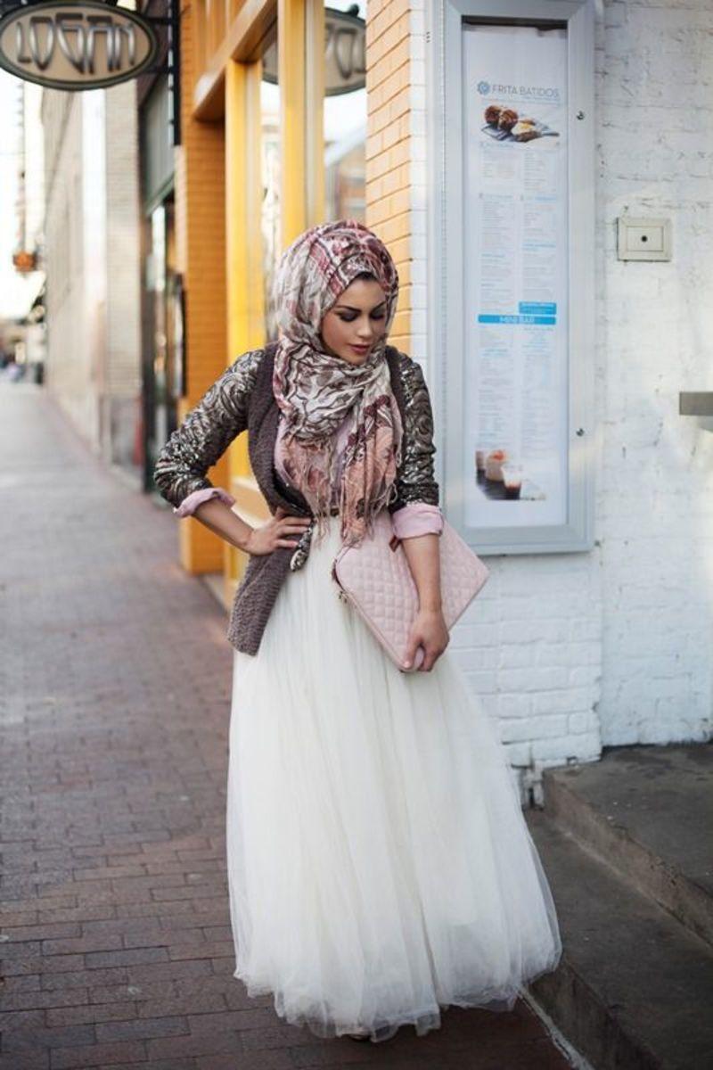 Feminine muslima look