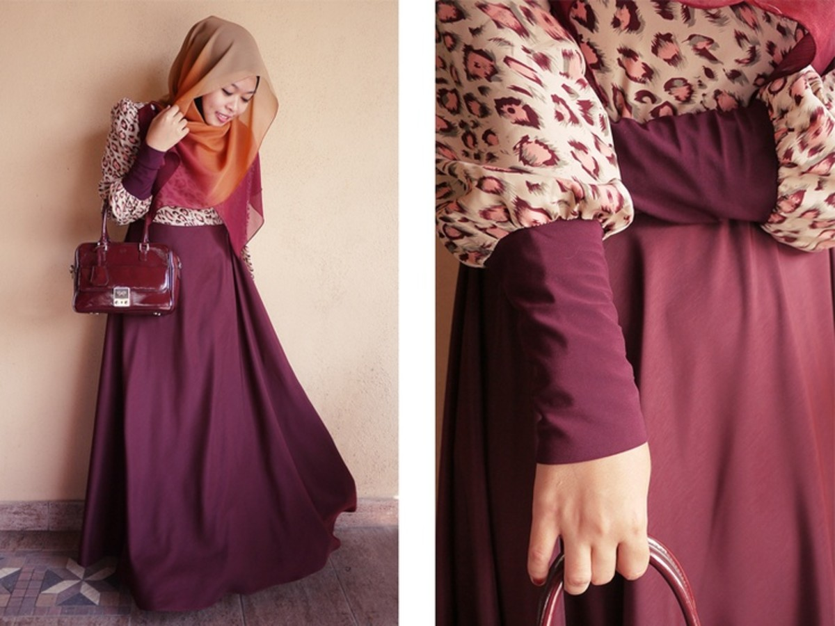 Maroon maxi skirt with animal print. modest hijab
