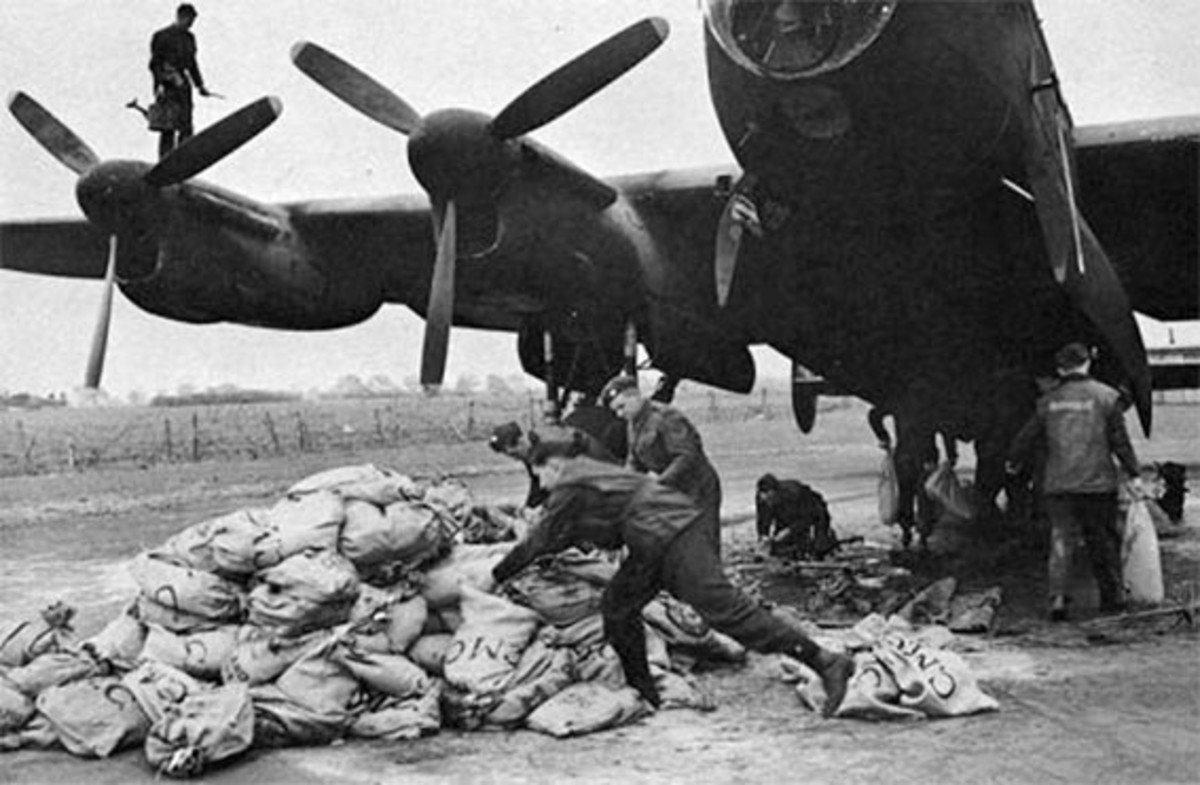 Loading Lancasters with food parcels