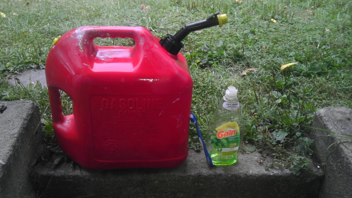 How To Clean A Dirty Gas Can Or Container