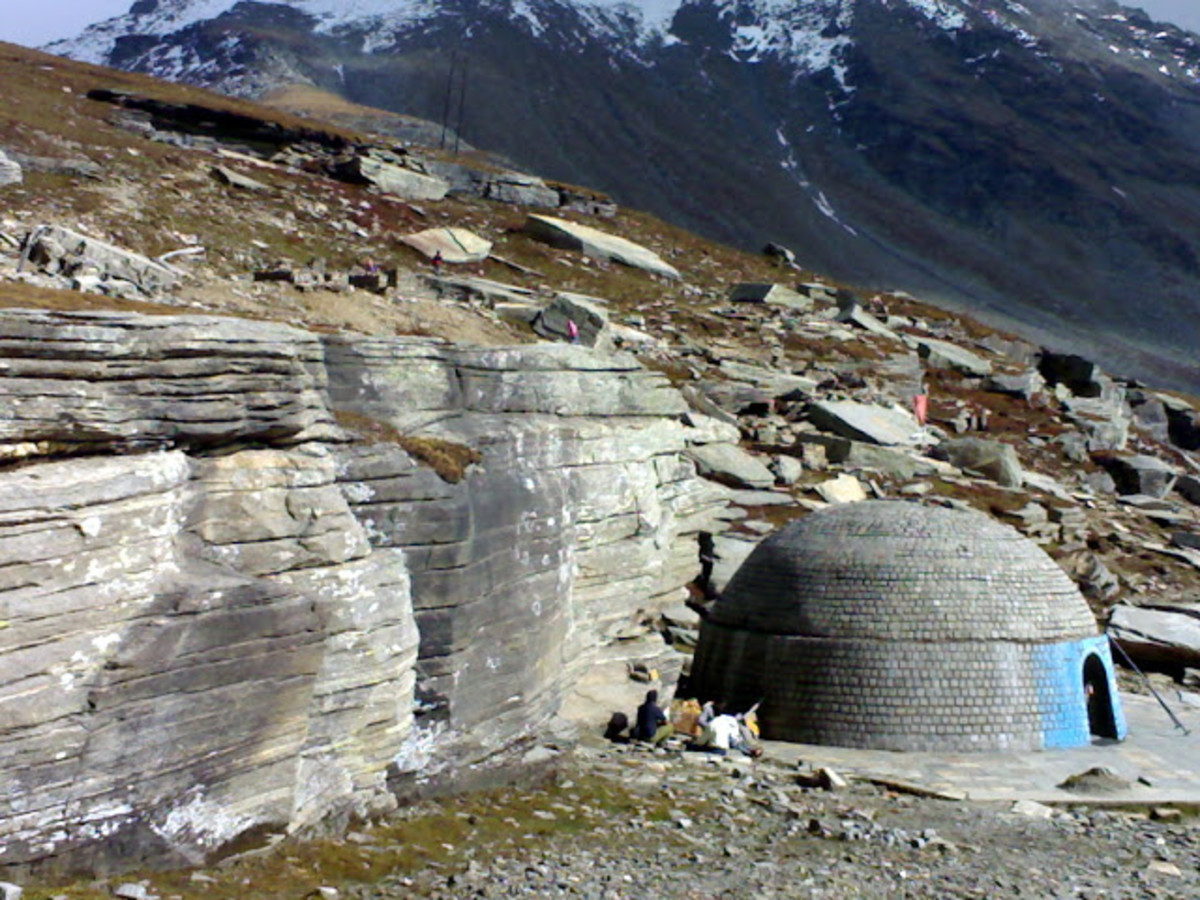 Beas temple at the Beas Kund. This is not the origin or the source of Beas river.