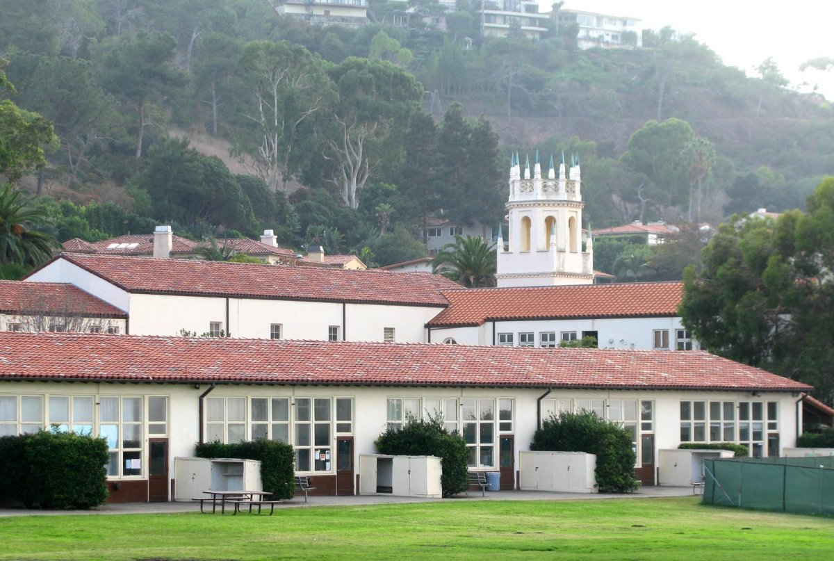 This middle school in Palos Verdes was the former site of a non-public school.