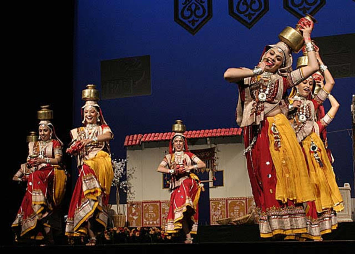 Navratri celebrations with devotional dance