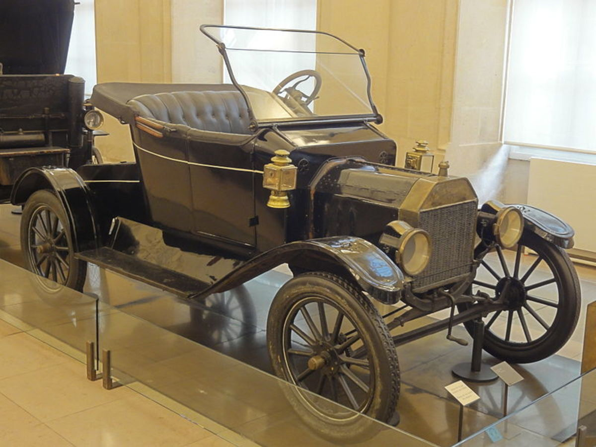 1908 Ford Model T in a Paris museum.