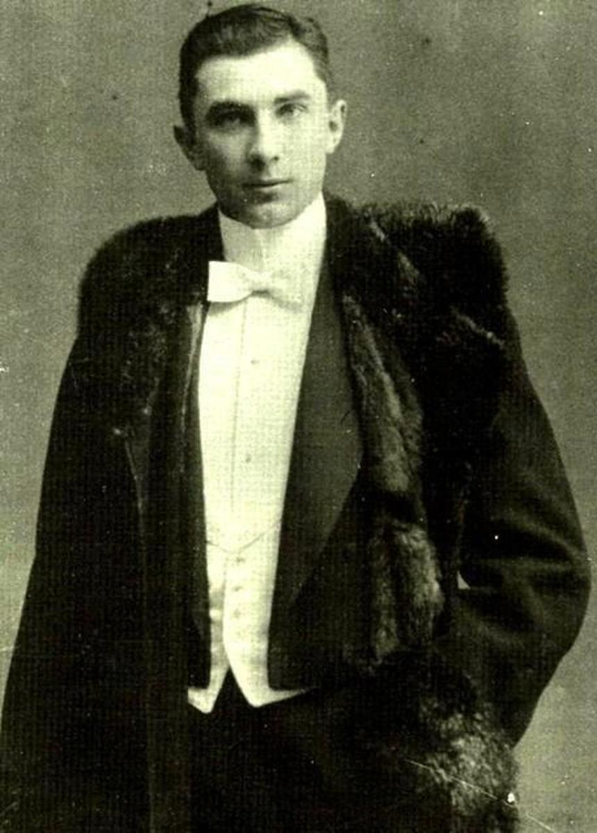 Bela Lugosi (Béla Ferenc Dezső Blaskó) at age 18. Born in Lugos, Kingdom of Hungary in the Transylvania area of the time in 1882. The area became part of Romania.