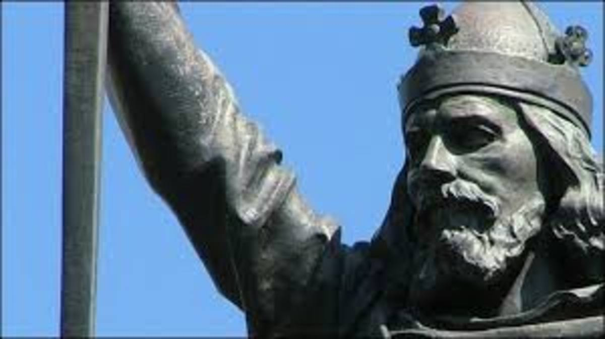 Statue of Alfred the Great, King of Wessex, later first King of England.