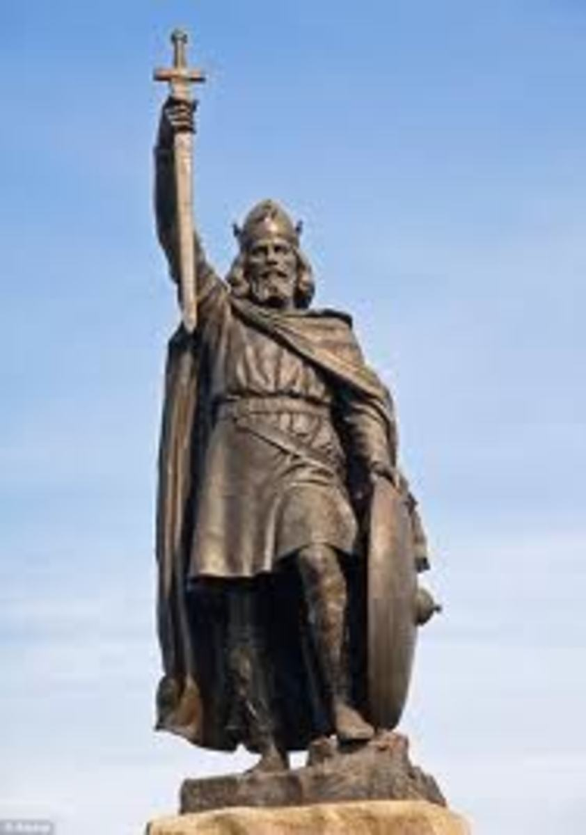 Statue of Alfred the Great located in Winchester, England.  Sculptor was Hamo Thornycroft (1850-1925)
