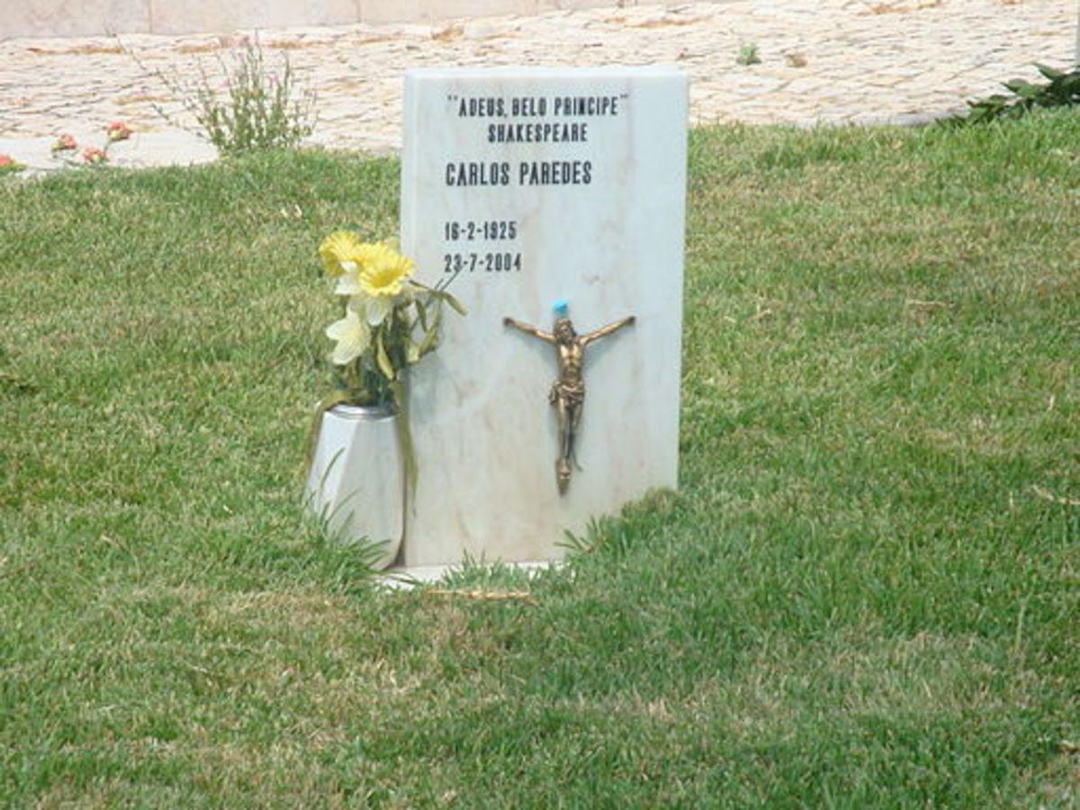 Carlos Paredes' tombstone at Cemitario de dos Prazeres, Lisboa, Portugal