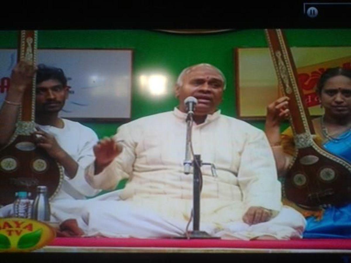 Vijay Siva's Vocal Concert in Margazhi Maha Utsavam, Jaya TV, 2013