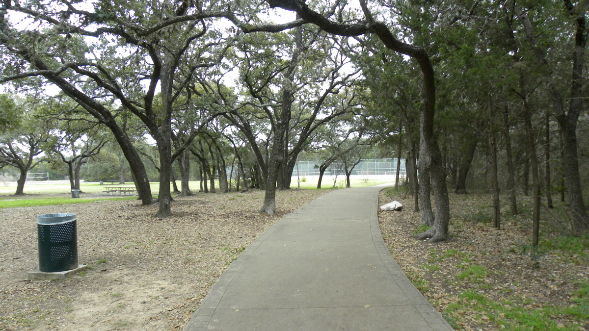 Walking Trails   Dick Nichols Park Austin TX