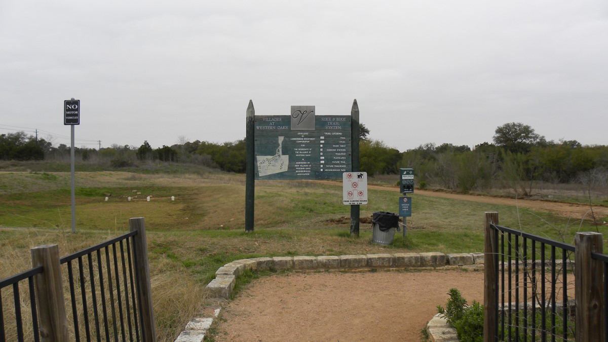 Latta Branch Green Belt hiking and biking trail entrance