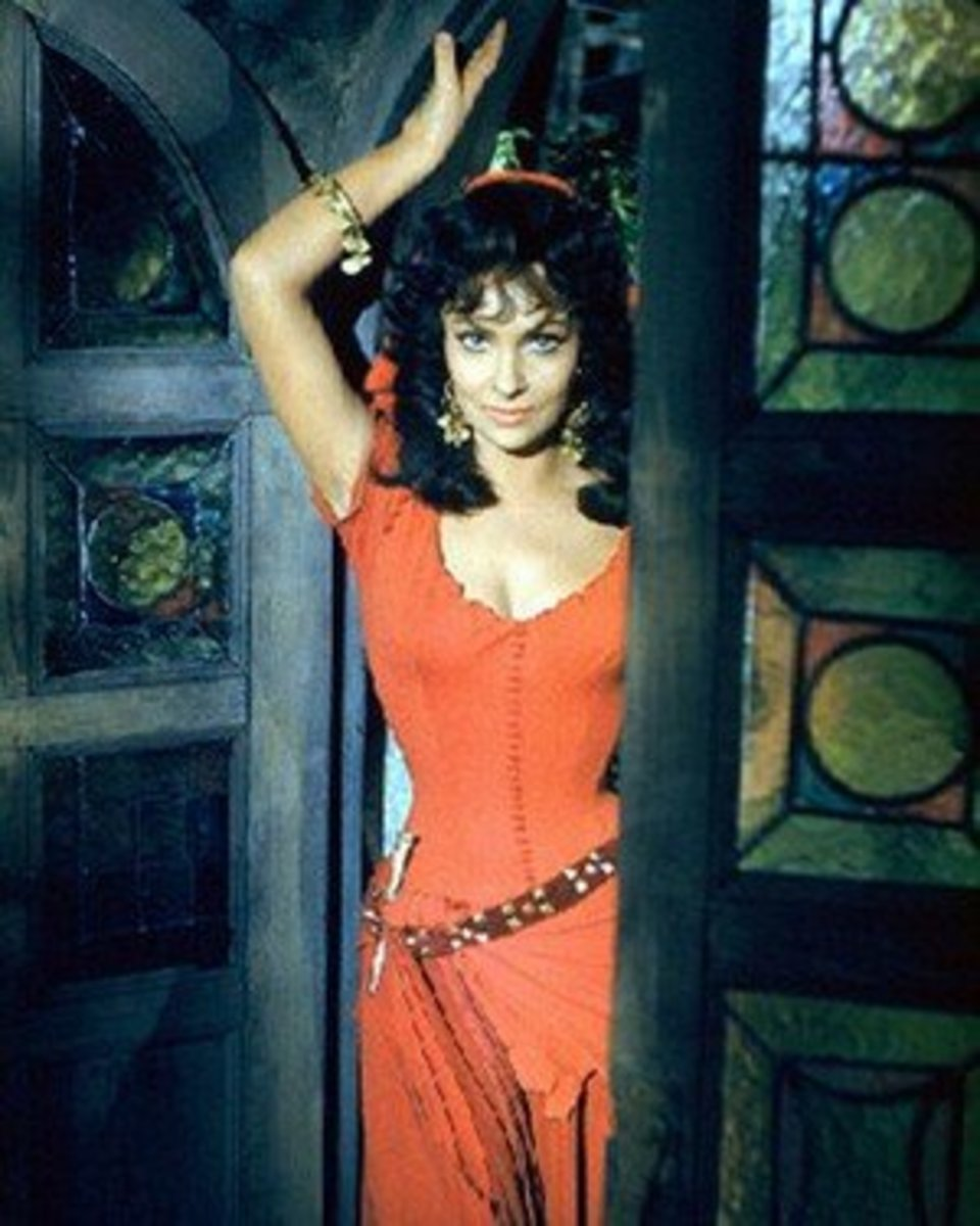 Gina Lollobrigida as Esmeralda, 1956 The Hunchback of Notre Dame