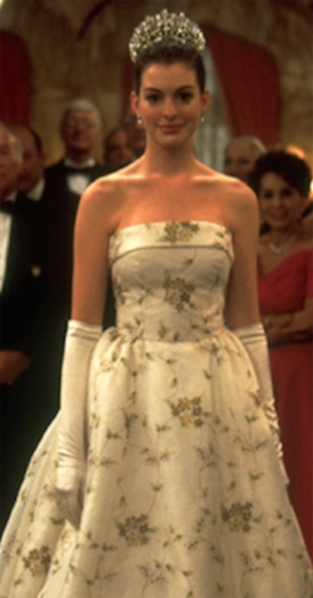 Anne Hathaway as Princess Mia, Princess Diaries