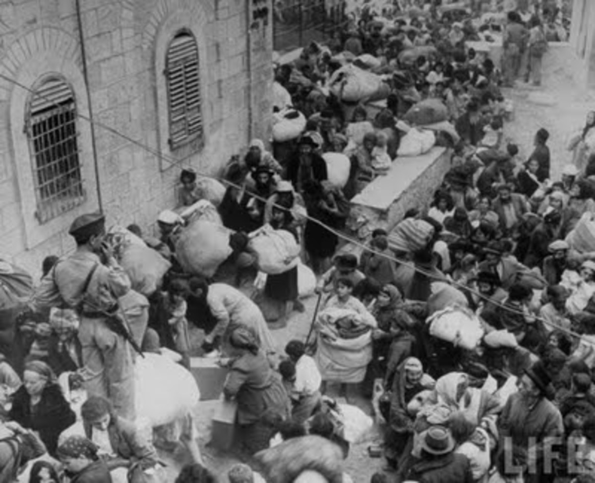 Jews Forced to Leave Jerusalem by Jordanian Soldiers in 1948