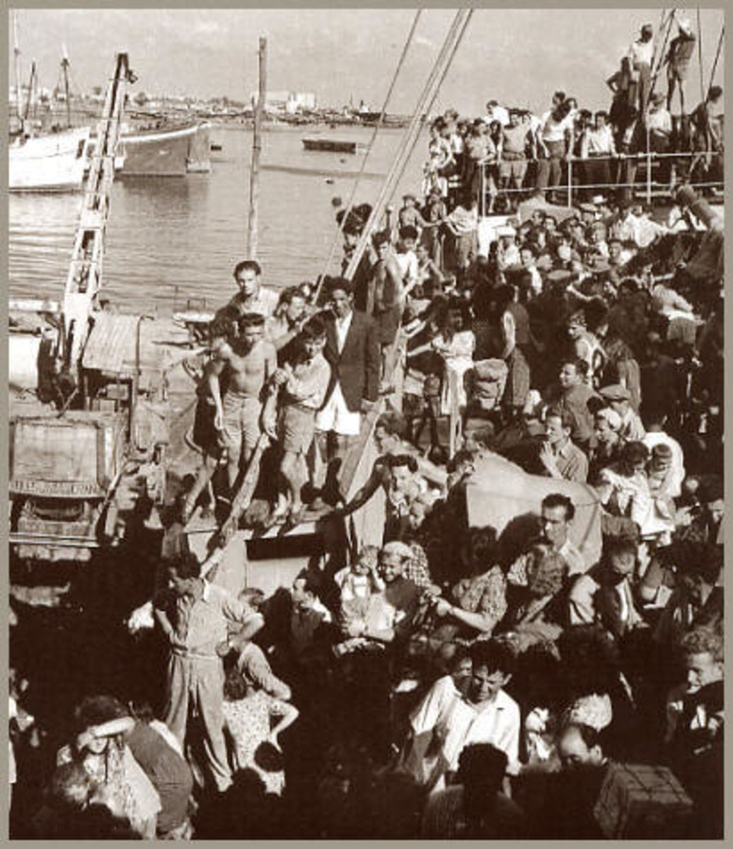 Holocaust Survivors Arrive in Haifa, Israel, 1948